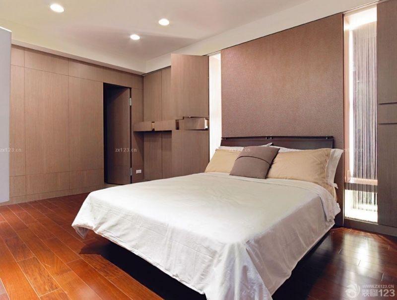 交换空间80后卧室隐形门装修实景图