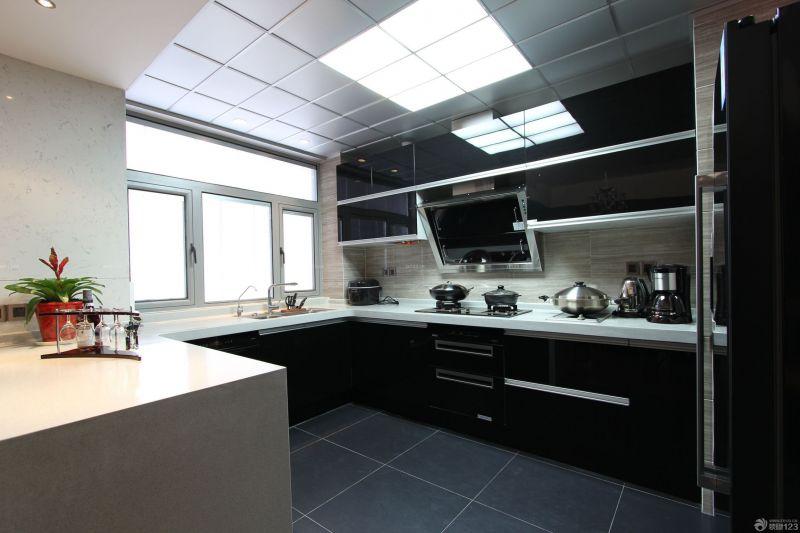最新三居室厨房橱柜颜色效果图欣赏